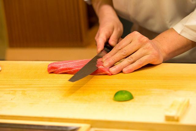 sushi-kiri